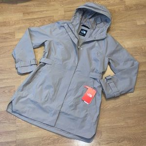 NWT The North Face City Breeze Rain Trench, Large